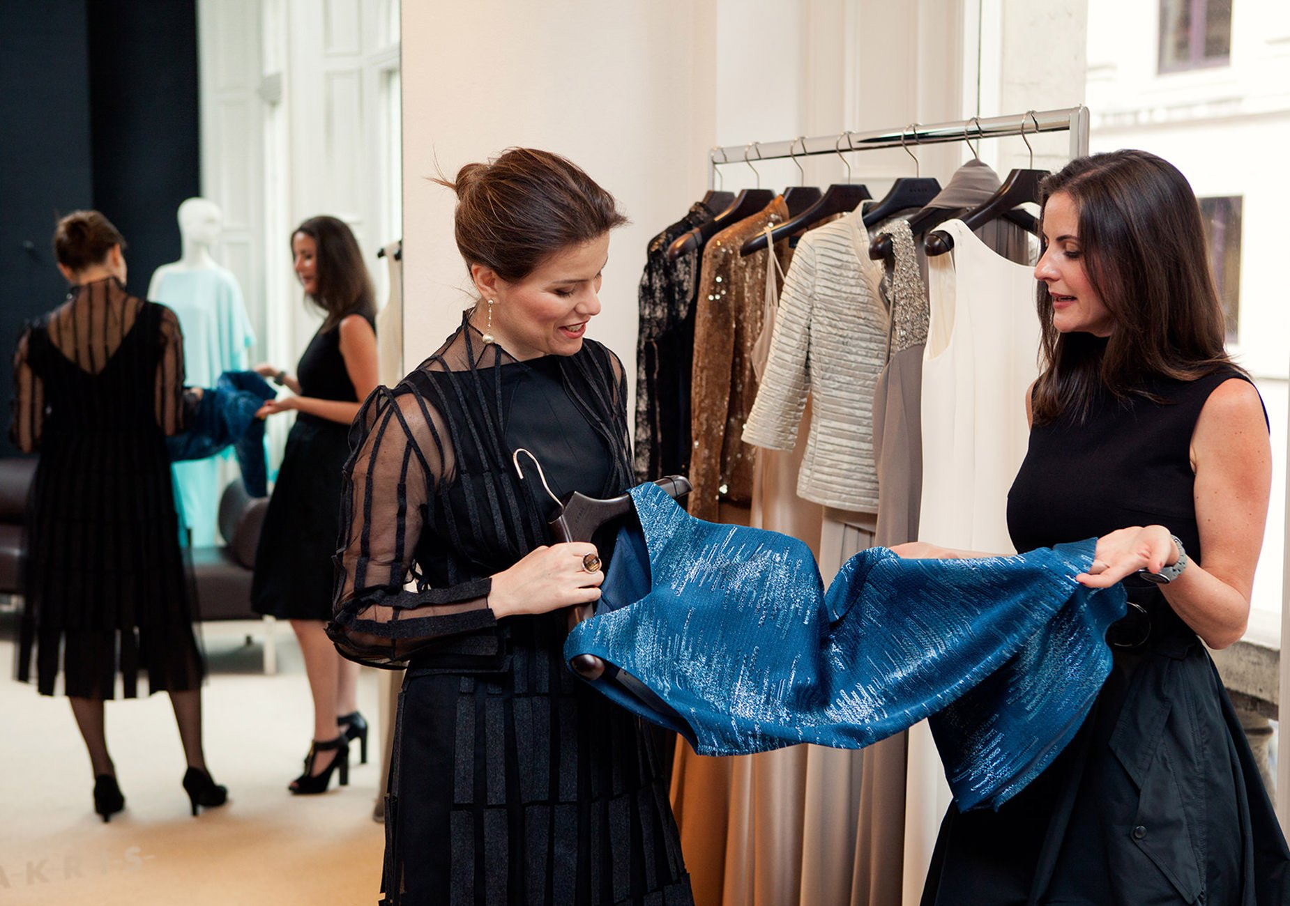 partners in style personal shoppers in the luxury market